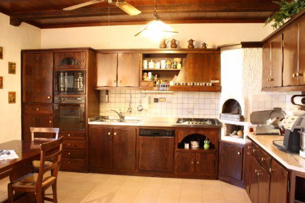 Cristofoli arredamenti e scale cucine cucina rustica for Casa rustica classica