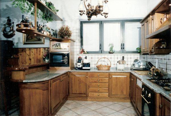 Cristofoli arredamenti e scale cucine cucina con banco bar for Arredamenti e cucine