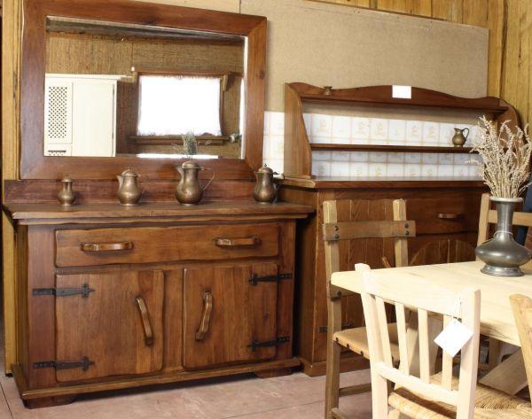 Cristofoli Arredamenti e Scale - Cucine - Base rustica con specchio